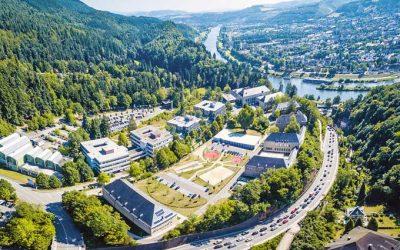Praktischer geht's nicht: Das Duale Studium an der Hochschule Trier 👍